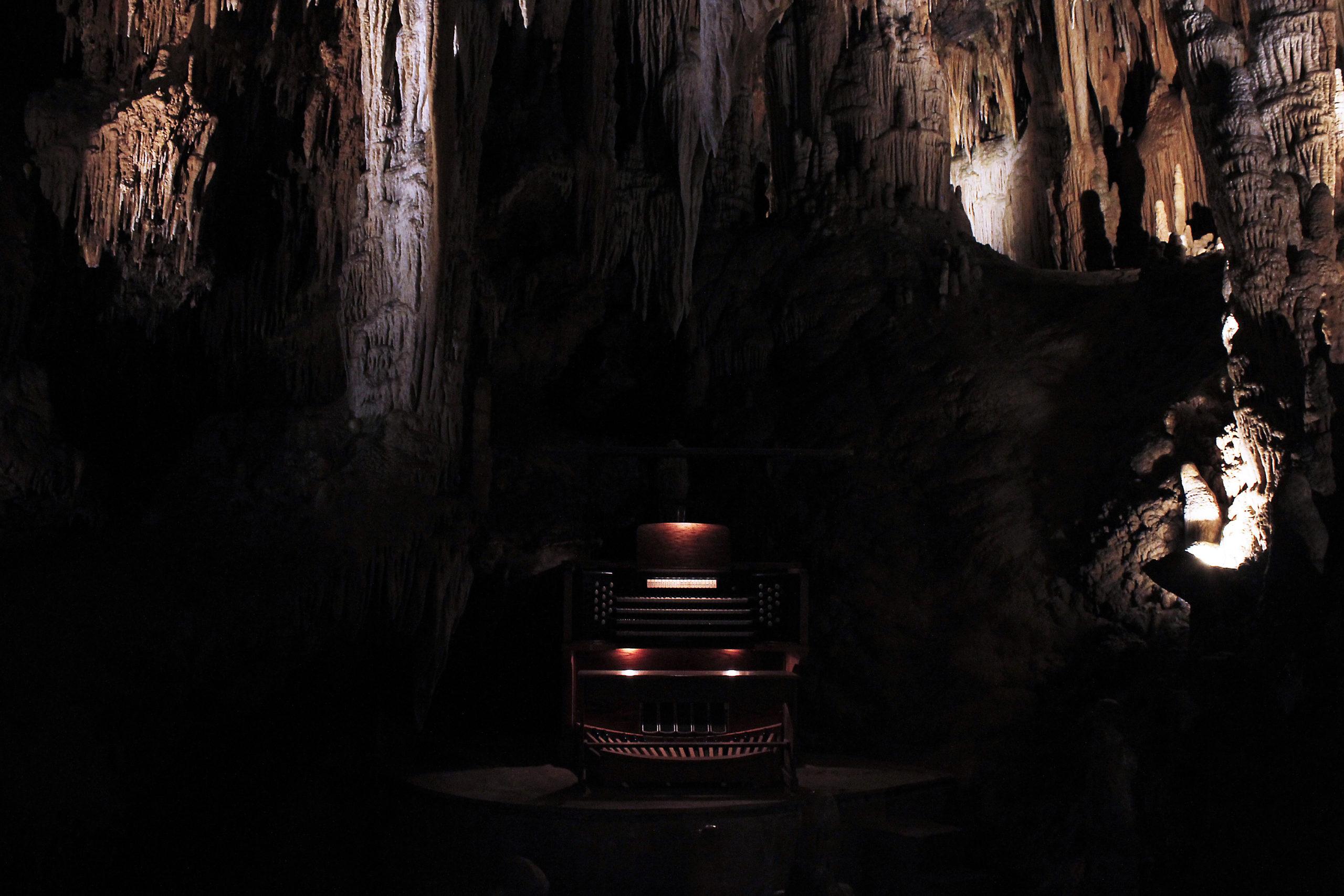 Great Stalacpipe Organ, Luray